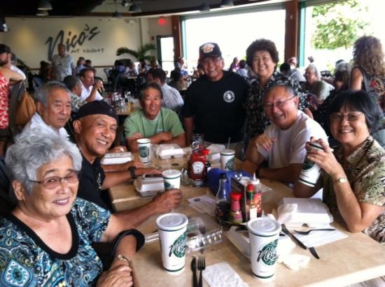 Around the table, Left to right: Lei Dalde, Herman Calbero, Melvin Mitsunaga, Harvey Okazaki, Ben Dalde, Doris Anbe Quon, John Park and Lynne Funada Ota.